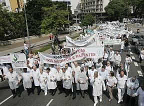 greve-dos-medicos