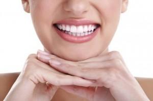ANVISA quer barrar comércio de clareadores dentais