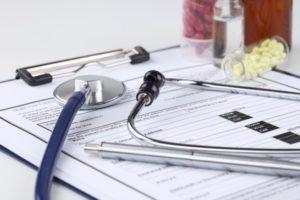 Como deduzir as despesas médicas e com plano de saúde do IR
