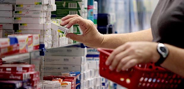 A polêmica sobre medicamentos de alto custo