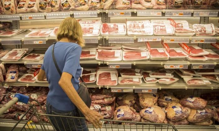 As denúncias sobre carne contaminada e a saúde