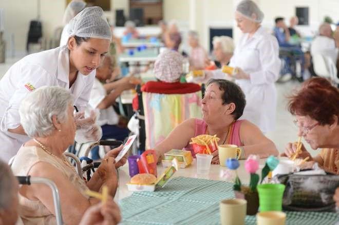 Saúde e acolhimento para idosos: conheça boas experiências