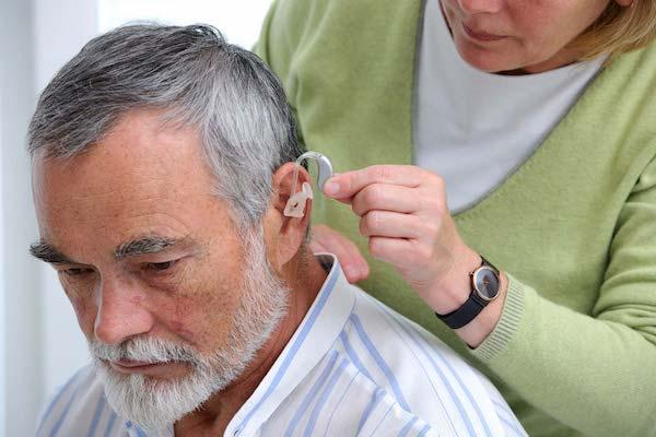 Plano de saúde cobre aparelho auditivo?